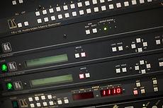 selectores de vídeo, matrices de conmutación, extensores HDMI
