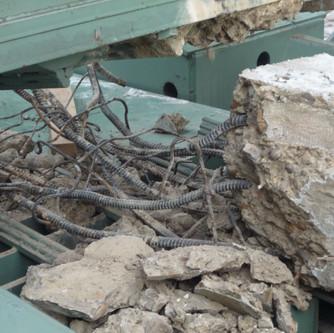 Дробление бетона и извлечение арматуры