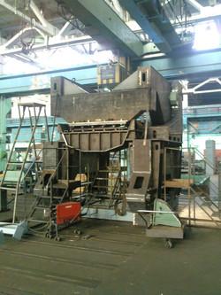 Прессово-разрушающая машина МПР-1500