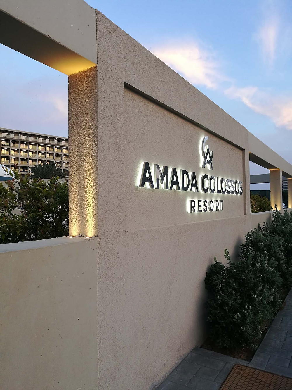 Amada Colossos Resort