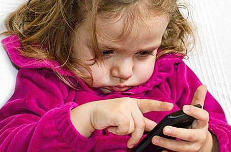 Νοσοκομείο Παίδων: Συγκλονιστικά στοιχεία για τον παιδικό εθισμό σε κινητά και tablet!