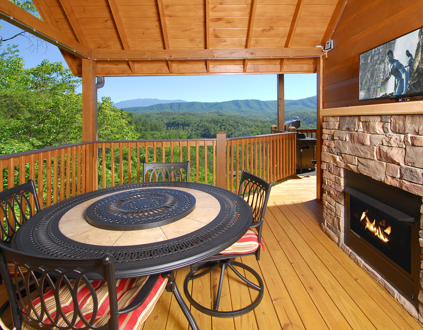 Deck with fireplace.JPG