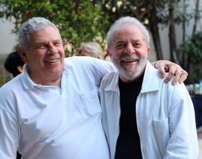 Lula, torturado, presente.