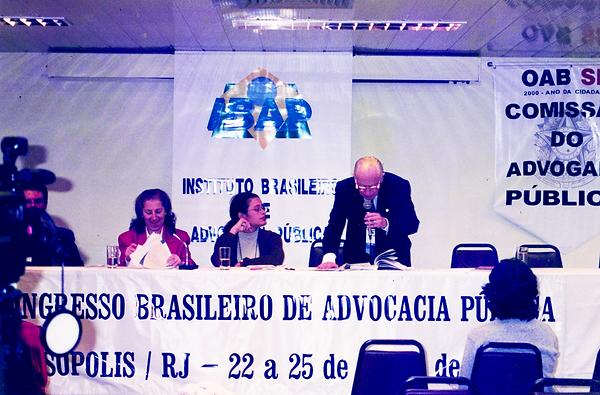 Teresópolis, Junho de 2000 - Odete Medauar, Bárbara Camardelli e Leon Frejda Szklarowsky