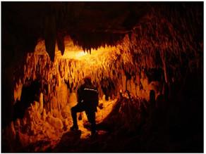 Vedação de retrocesso e cavidades naturais subterrâneas