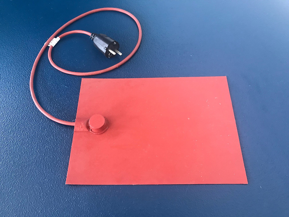 Silicone flexible heater mat
