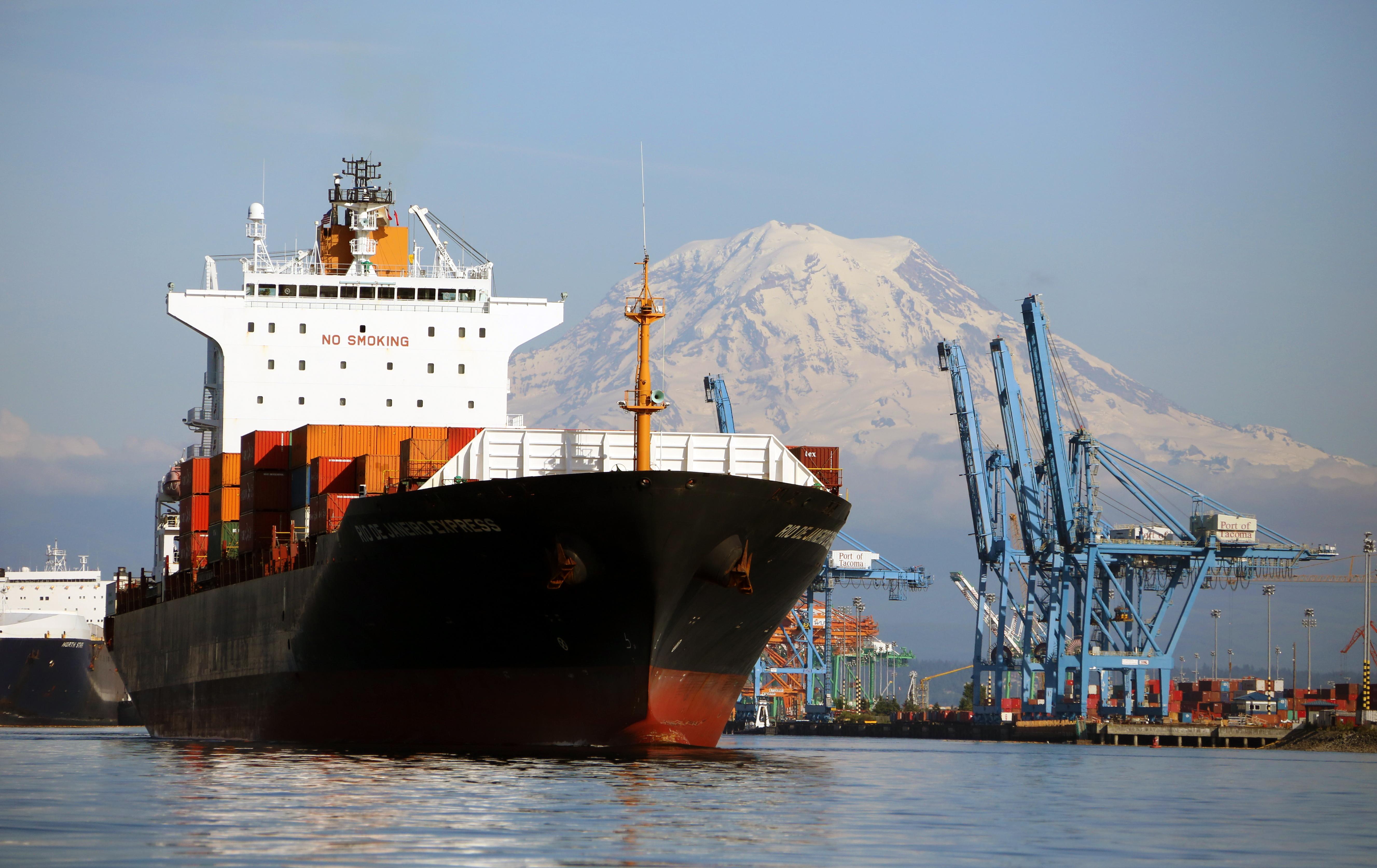Tacoma Port + Rainier