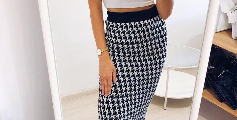 Knitted Women Skirt Elastic