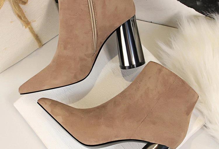 Women Flock Leather Short Boots