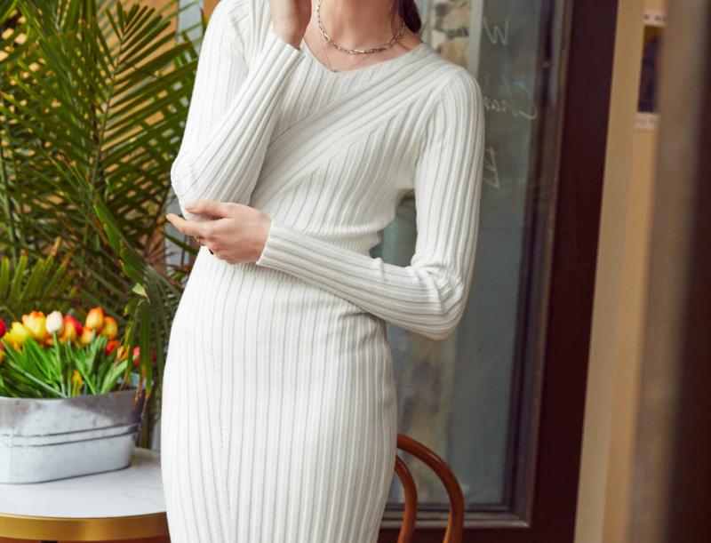 Casual V-Neck Women Knitted Dress