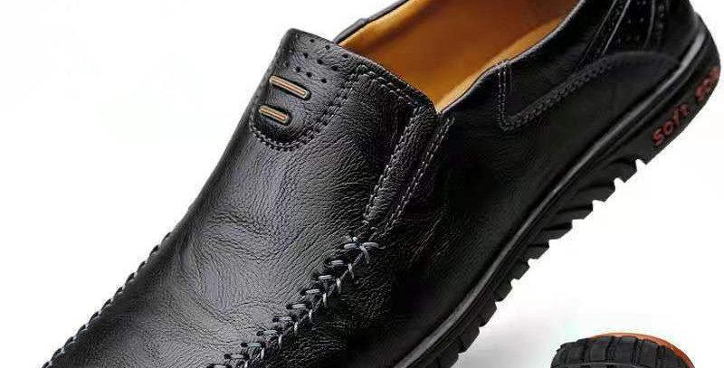 Genuine Leather Men Moccasins