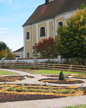 Kräutergarten_mit_Stift.jpg