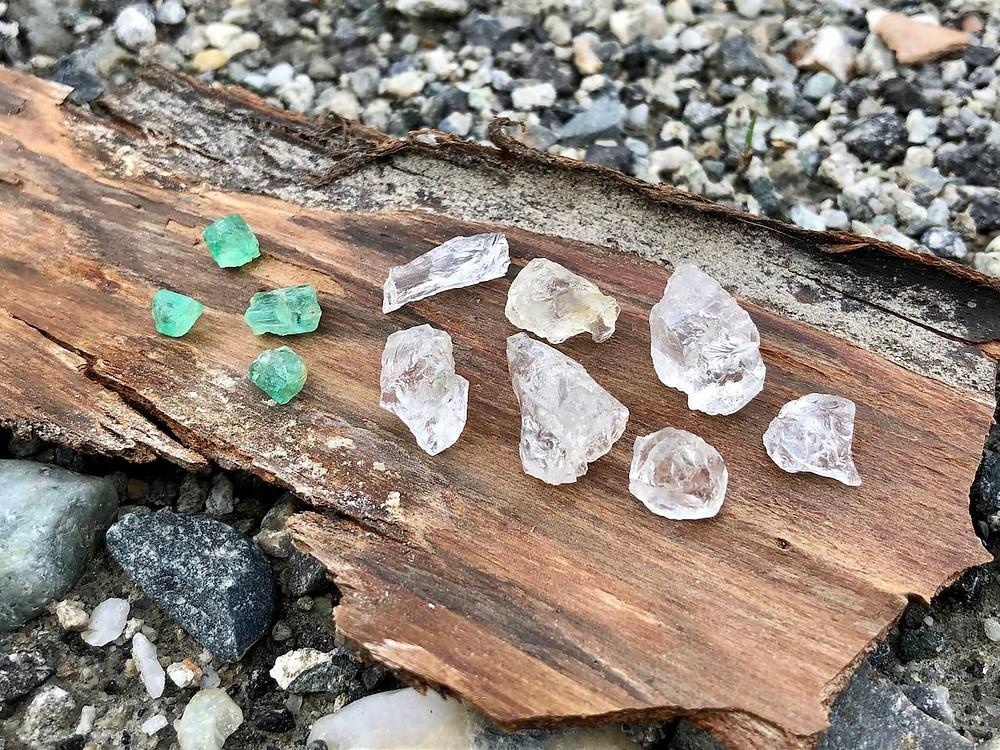 Emeraudes et cristal diamant