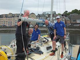 Team Aurora runners and sailors