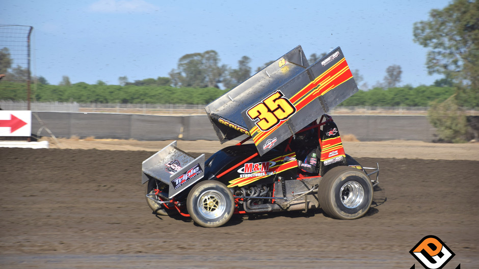 Sean Becker Records Seventh and Eighth Place Finishes at Peter Murphy Classic