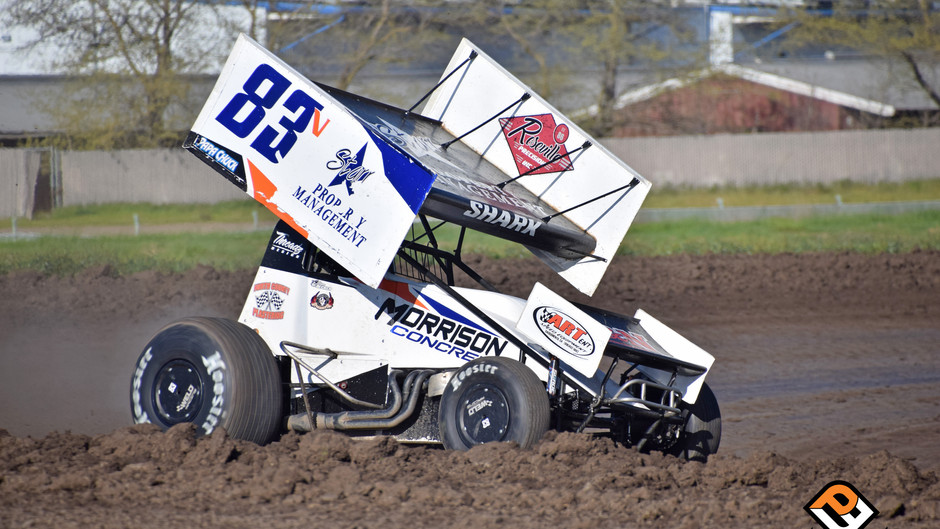 'The Shark' Runs 10th at King of the West Opener