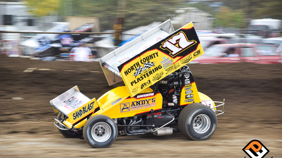 Justin Sanders Charges to Third at Johnny Key Classic Opener