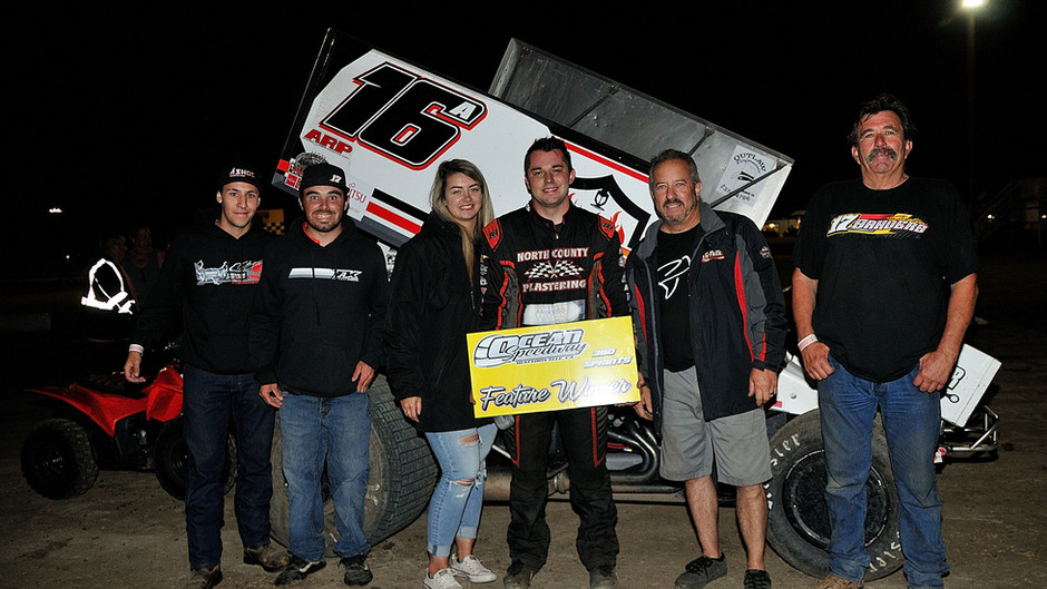 Justin Sanders Picks Up 15th Win of Season in Dirt Cup Tune Up