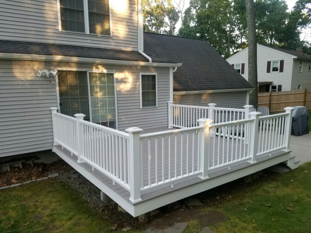 Beantown Azek deck in Slate Gray