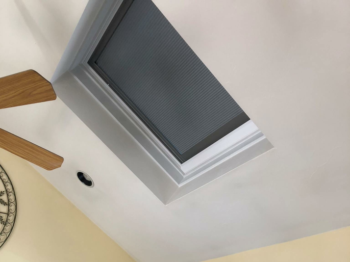 Velux Fixed Deck Mount Skylight