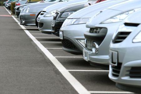 Ways to Avoid Parking Lot Car Wrecks