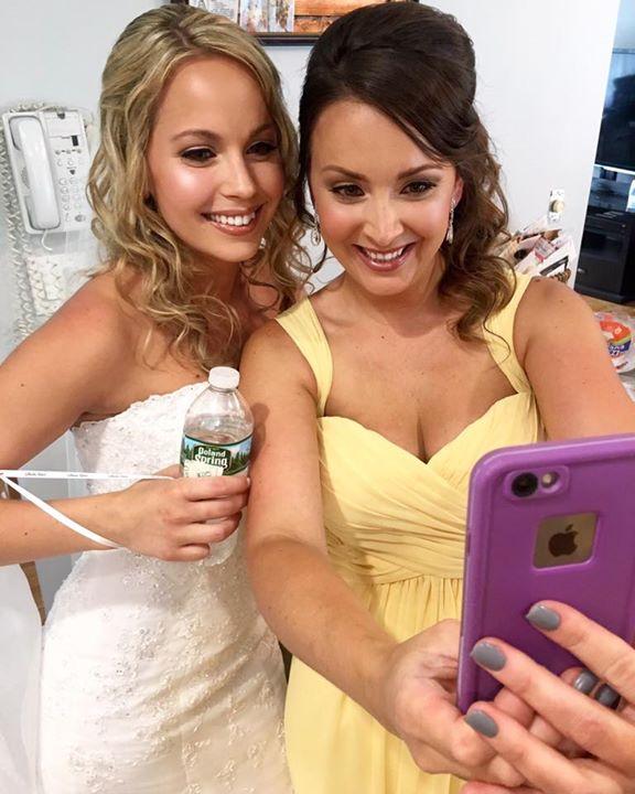 Bride & Maid of Honor selfie 📸_#makeupbydaniellearci