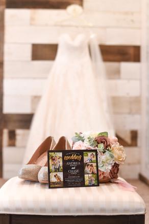 Bridal room and bride's dress
