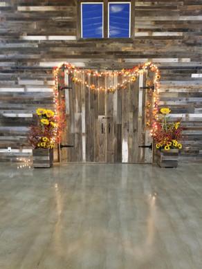 Barn door decorations