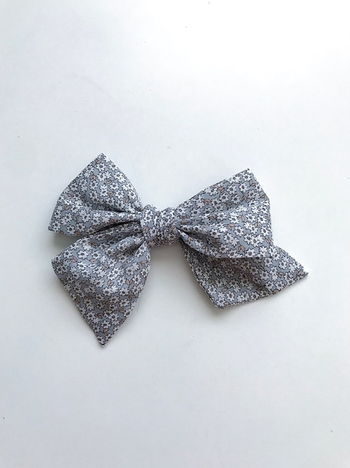 Sissi Bow // The Blue Grey
