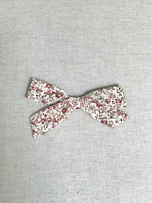 Alexia bow // Burgundy Flowers