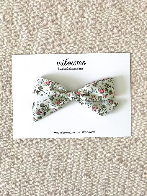 Alexia bow // Toscana
