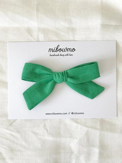 Alexia bow // Lino Verde Cesped