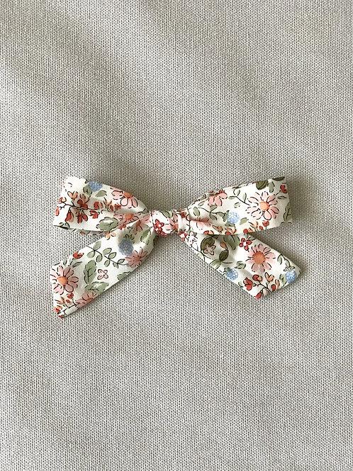 Vintage Collection // Alexia bow // Flores teja