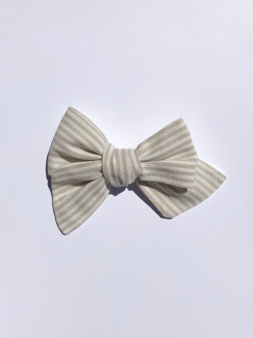 Sissi Bow // Lino Rayas beige