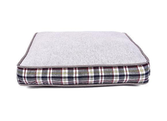 Logan Dog bed