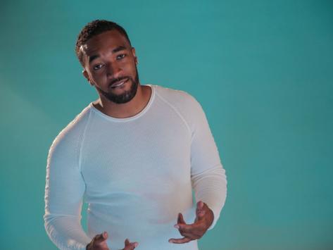 J Carlyle releases new reggae bop 'Intruder Alert'