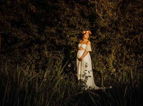 Kayleigh Maternity-8.jpg