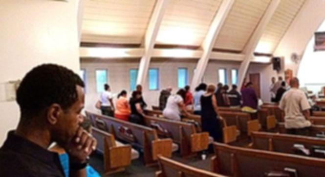 Laurel Avenue Church of Christ, Bible Class.
