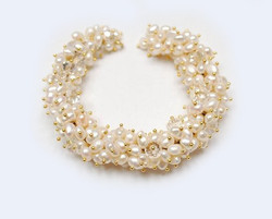 210 gold pearls