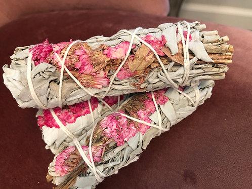 "4"" White Sage & Pink Sinatra Flowers"