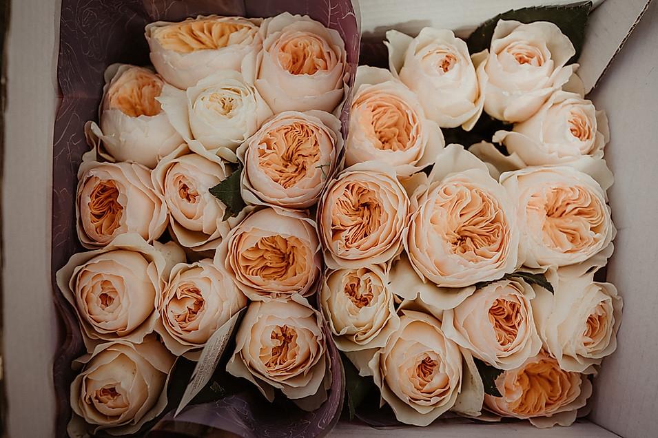 des fleurs pour les mariés