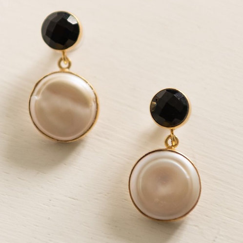 The Eight Letter Pearl drop earring