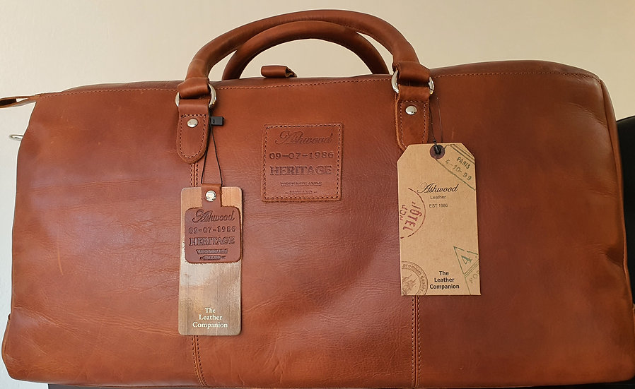 1666 Leather Holdall