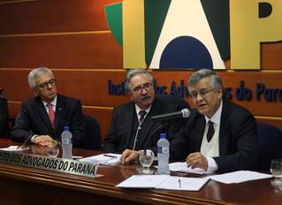 Prof. Clayton é recepcionado como membro do Instituto dos Advogados do Paraná