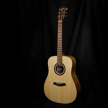 Bent Twig Dreadnought
