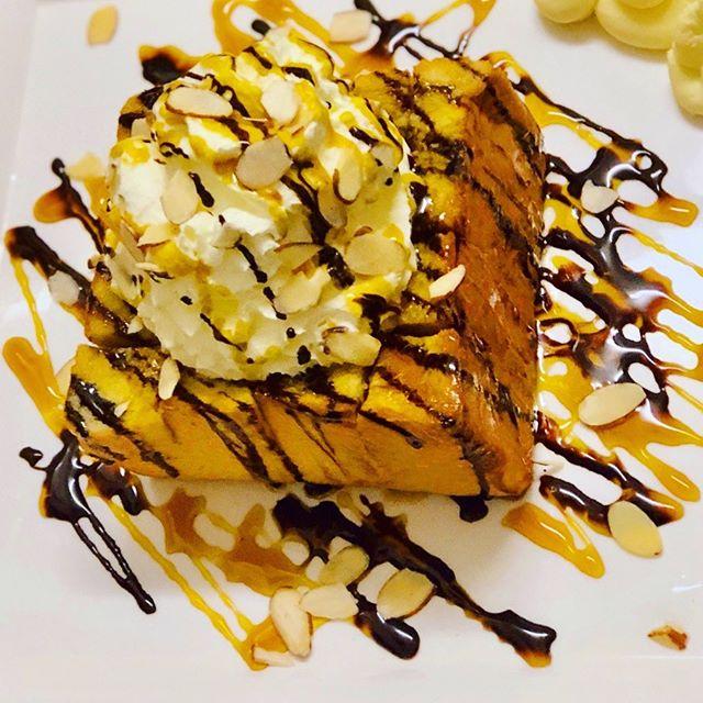 Honey,Honey bread!🐻🍦😍🎈_#aucklandcafe