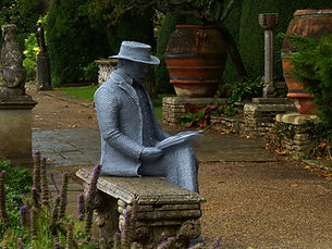 "Wire Sculpture "" Harold Peto"" by Derek Kinzett Wire Sculptures"