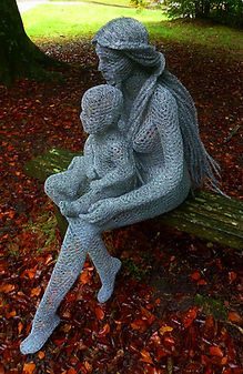 """Wire Sculpture ""Mother & Child"" by Derek Kinzett - Wire Sculptures"