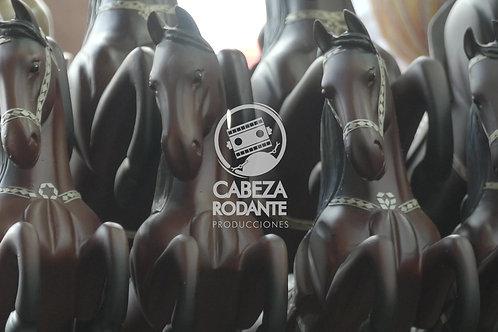 VD0322 - CABALLOS DE MADERA