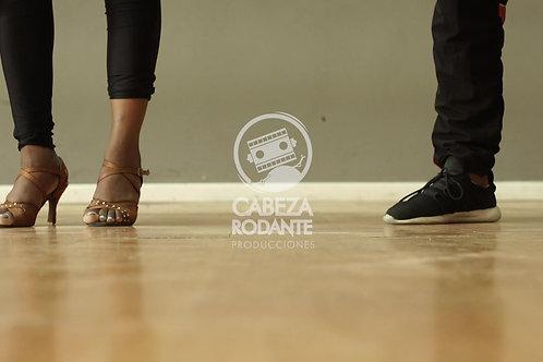 VD0305 - Pareja bailando